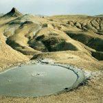 6_cratere_om_vulcanii_noroiosi