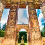 moldovita-orthodox-church-monastery-moldavia-bucovina-romania_1-1024x768